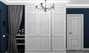 Как крепить жалюзийные двери?