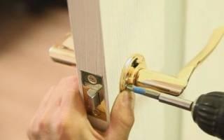 Как починить защелку на межкомнатной двери?