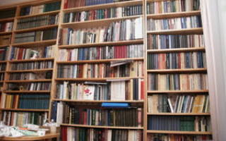 Как сделать простой книжный шкаф?
