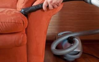 Как почистить велюровую мебель?