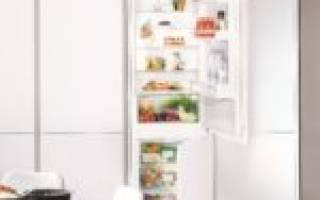 Как встроить обычный холодильник в шкаф?