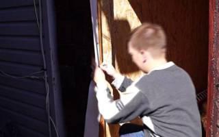 Как утеплить косяк входной двери?