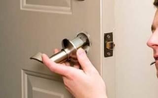 Как разбирается дверная ручка межкомнатной двери?