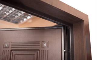Как отделать дверные откосы входной двери?