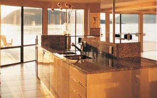 Какая напольная плитка лучше для кухни?