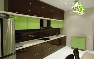 Как покрасить фасад кухни из дерева?