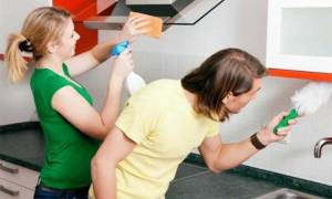 Как восстановить глянец на кухонной мебели?