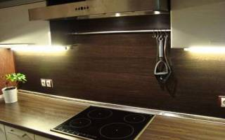 Крепление стеновой панели на кухне МДФ