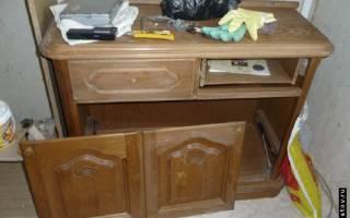 Как перекрасить деревянную мебель?