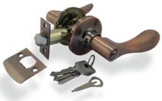 Как перевернуть ручку межкомнатной двери?