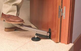 Как исправить неправильно установленную межкомнатную дверь?