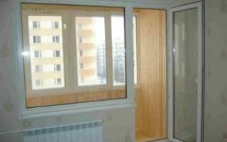 Как уплотнить балконную пластиковую дверь?