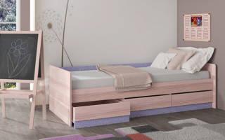 Как сделать кровать своими руками из дерева?